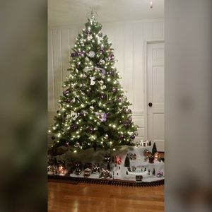 7.5ft Pre-lit Christmas Tree w/all decorations